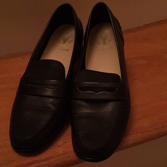 f0e01474aaa Cole Haan Shoes - Cole Haan pinch handsewn women black penny loafer